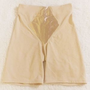 Flexees by Maidenform shorts